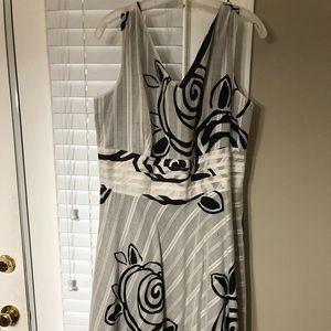 Flowing black and white sleeveless dress